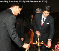 General Dalbir Singh, Chief of Army Staff and Admiral RK Dhowan, Chief of Naval Staff Lighting the Lamp