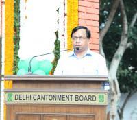 Shri Jojneswar Sharma, DG DE addressing