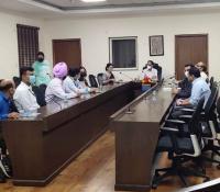हिन्दी पखवाड़ा-2021 के उदघाटन अवसर पर उपस्थित अधिकारीगण