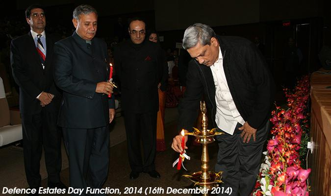 Shri Manohar Parrikar, Hon'ble Raksha Mantri and Shri Rao Inderjit Singh, Hon'ble Raksha Rajya Mantri Lighting the Lamp, marking the start of Defence Estates Day Function on 16th December 2014 at Manekshaw Auditorium, Delhi Cantt