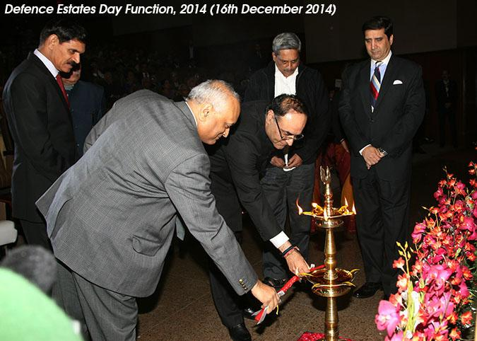 Shri R K Mathur, Defence Secretary and Shri Ravi Kant Chopra, Director General Defence Estates Lighting the Lamp