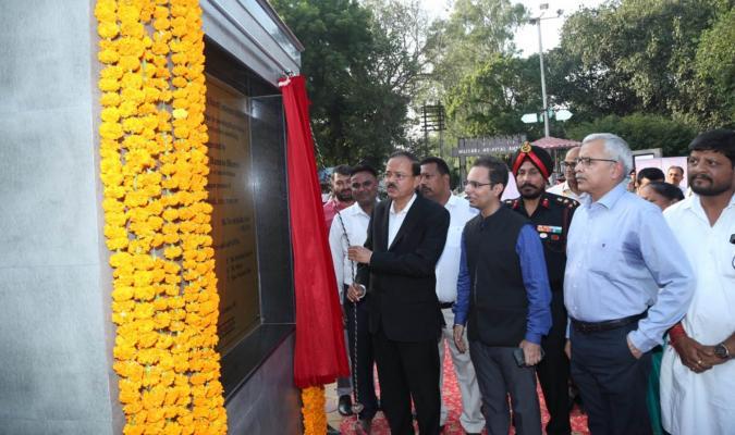 Hon'ble Rajya Raksha Mantri inaugurating Community Hub at Ambala Cantonment