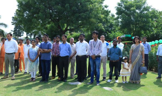 Officers & staff of DGDE, DEO Delhi and Cantonment Board Delhi assembled  for flag hosting ceremony on the occasion of 71st Independence Day at DGDE    Directorate General Defence Estates