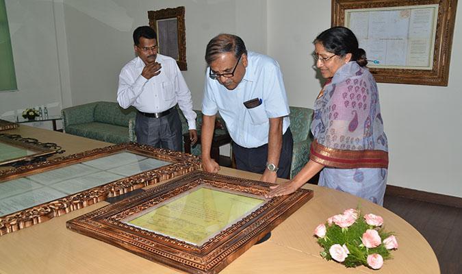Shri Deepak Gupta, Chairman, UPSC viewing the restored document