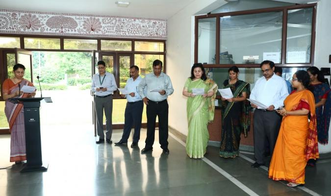 Swachhata Pledge being taken by Officers and Staff of DGDE on 11-09-2019